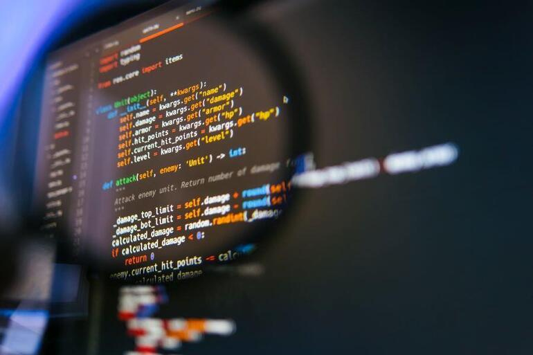 python-code-developer-programming.jpg